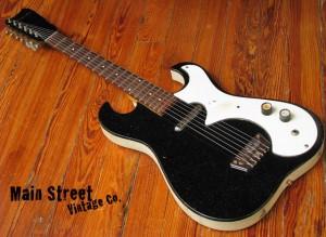 Silvertone 'amp in case' de 1966